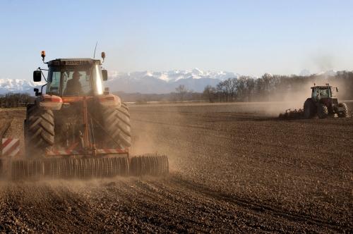 Agriculture en Béarn, labourage des sols