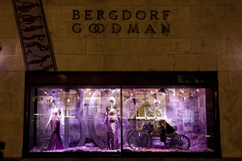 Vitrines du grand magasin Bergdorf Goodman à New-York City.