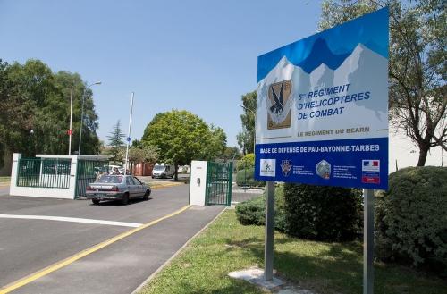 5e Régiment d'Hélicoptères de Combat à Pau.
