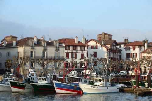 Saint Jean de Luz, le port.